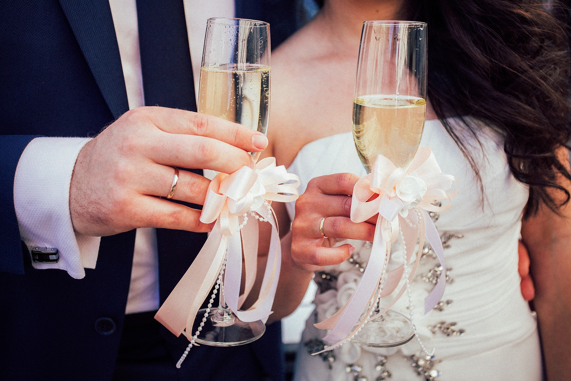 CHAMPAGNE FOR A WEDDING